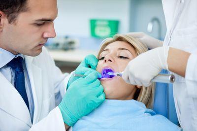 Лазерная стоматологияв клиниках «Тави» и «Вероника»